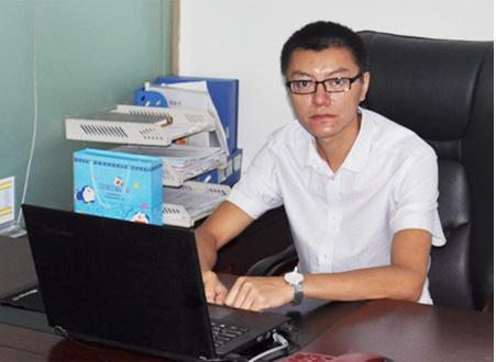 """升职的""""小窍门""""——专访乐山bwinchina官网注册总经理何勇波"""